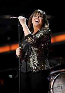 "Kelly Clarkson will be  a mentor for contestants on NBC's ""The Voice.''"